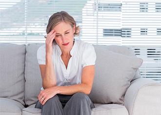 Mareos náuseas y presión en la cabeza